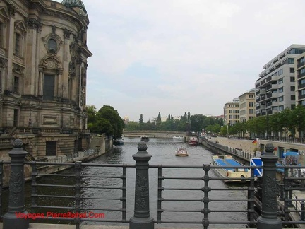 010 IleDesMusees Spree