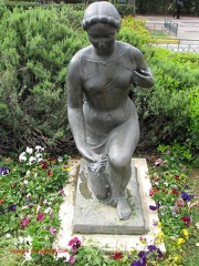 009 statue-nymphe 01 zappeion
