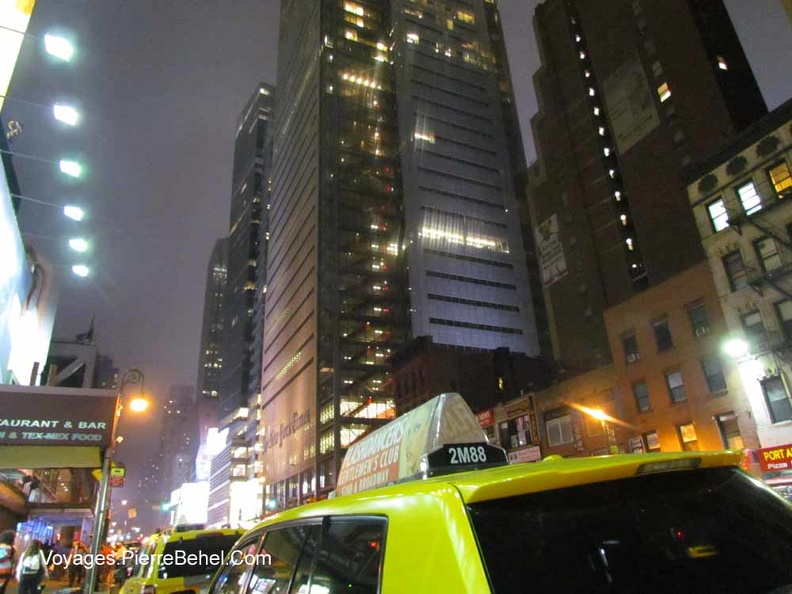 20150620_NYC_by-night-1.JPG