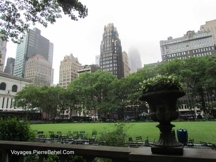 20150621 NYC-012 Parc-Bibliotheque